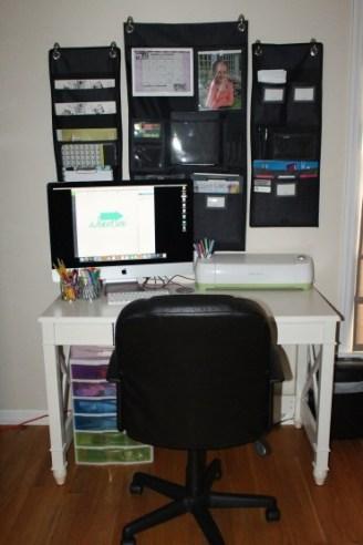 cricut-desk